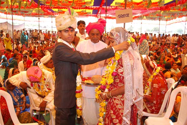 ONLY CHAI- With the limit for withdrawals for weddings and the many conditions laid down, all couples will have to follow the example of the Guajarati couple who served only the chai those who attended the wedding