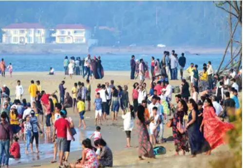 DELHI RAJ OVER GOAN BEACHES!